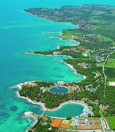 Umag, Croatia. My feet will be in those blue waters this weekend =D