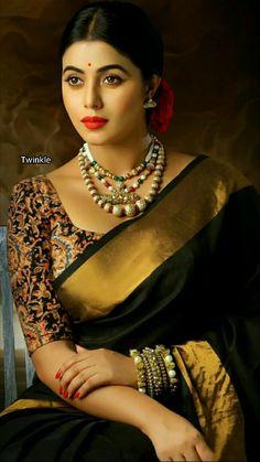 Plain saree with kalamkari blouse Saris, Indian Dresses, Indian Outfits, Modern Saree, Indian Look, Indian Wear, Vogue, Elegant Saree, Actors