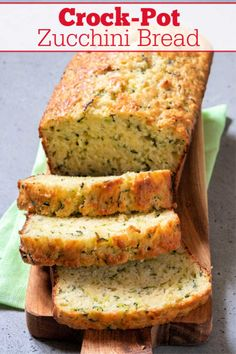 Use up the abundance of fresh zucchini in the summer without heating up the oven with this super easy recipe for Crock-Pot Zucchini Bread! Crock Pot Desserts, Slow Cooker Desserts, Slow Cooker Recipes, Crockpot Recipes, Cooking Recipes, Slow Cooker Bread, Kitchen Recipes, Cooking Tips, Quick Bread Recipes