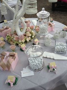 Image shared by Find images and videos about confetti on We Heart It - the app to get lost in what you love. Fun Wedding Activities, Wedding Decorations, Table Decorations, Wedding Confetti, Candy Table, 17th Birthday, Deco Table, Holidays And Events, Event Decor