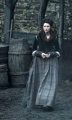"winternoize: ""Caitriona Balfe as Claire Beauchamp in Outlander season 1| [x] """