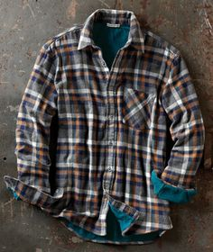 Inner Sanctum Flannel - Carbon 2 Cobalt L Clothing Tags, Mens Clothing Styles, Flannel Outfits, Cool Outfits, Casual T Shirts, Tee Shirts, Lumberjack Style, Country Wear, Rugged Men