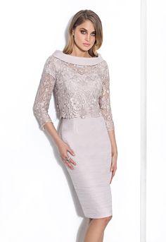 Consigue el vestido Donna 8021 en Cabotine. Todo en las últimas tendencias y los mejores diseños.
