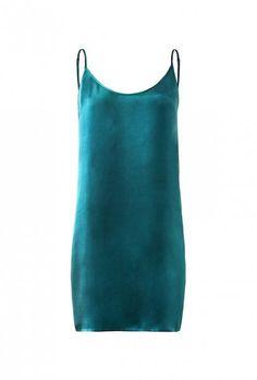 Stylowe piżamy na lato - 3  #summerstyle #satin #cupro #silk #homewear #sleepwear #loungewear #leisurewear #homeoutfit #slipdress #chemises #teal
