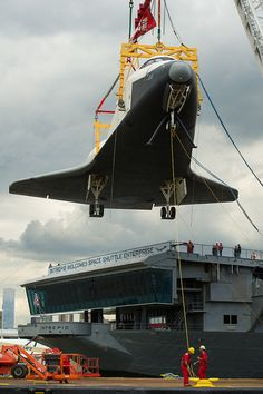 Space Shuttle Enterprise Move to Intrepid by nasa hq photo… Hubble Space Telescope, Space And Astronomy, Space Shuttle Enterprise, Uss Intrepid, Nasa Space Program, Neil Armstrong, Space Rocket, Air And Space Museum, Space Center