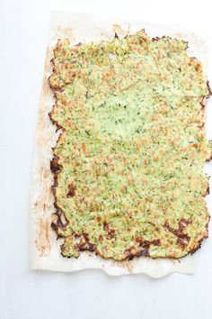 This is a great alternative to flatbread or lavash and tastes like roasted zucchini! | Paleo Zucchini Flatbread | http://perrysplate.com #paleo