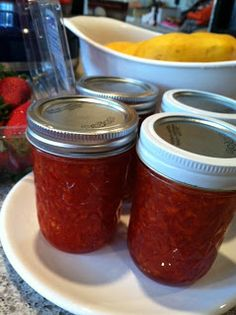 Strawberry Mango Jam. Two delicious fruits, married!