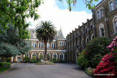 Loreto College Entrance, Ballarat, Australia. Historical Sites, Historical Photos, Travel Around The World, Around The Worlds, Victoria, Urban Landscape, Colleges, Libraries, Museums