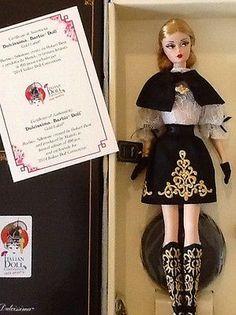 Blonde variation of Silkstone Dulcissima. Barbie Italian Doll Convention 2014
