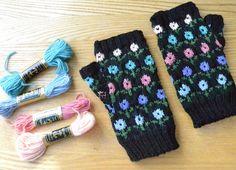 Ginx Craft: Margot's Garden Fingerless Gloves
