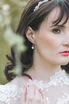 Make Up Bride Bridal Pink Natural Whimsical Pretty Spring Wedding Ideas http://www.photographychantal.co.uk/