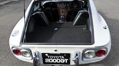 1967(S42)トヨタ 2000GT ホワイト 5MT 前期モデル