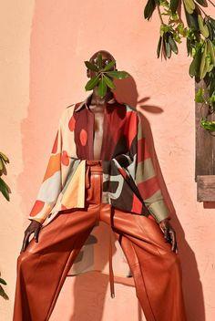 How Fe Noel Built a Fashion Brand in Days Fashion Photography Inspiration, Photoshoot Inspiration, Editorial Photography, Style Inspiration, Black Photography, Fashion Poses, Fashion Shoot, Editorial Fashion, Female Fashion