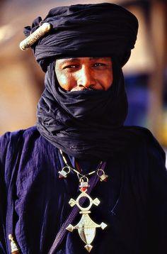 Indigo tuareg man. niger