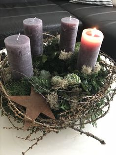 🦌 Christmas decoration - centerpiece 🎅 inspiration of decorations and . - 🦌 Christmas decoration – centerpiece 🎅 Inspiration of decorations and … – Christmas – - Christmas Advent Wreath, Christmas Gift Decorations, Holiday Crafts, Holiday Decor, Christmas Is Coming, Christmas Holidays, Xmas, Deco Nature, Scandinavian Christmas