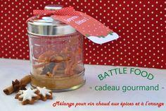 Une recette de mélange pour vin chaud aux épices et à l'orange pour offrir en cadeau gourmand ou à déguster vous-même en souvenir du marché de noël.