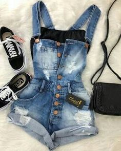 50 Cute Summer Outfits Denim Overall Outfit Teenage Outfits, Teen Fashion Outfits, College Outfits, Outfits For Teens, Womens Fashion, Fashion Trends, 70s Outfits, Green Outfits, Black Outfits