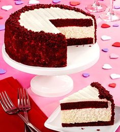 Mmmm... red velvet cheesecake