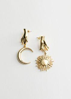 Moon Jewelry, Ear Jewelry, Cute Jewelry, Jewelry Box, Jewelry Accessories, Jewlery, Gold Drop Earrings, Pendant Earrings, Statement Earrings