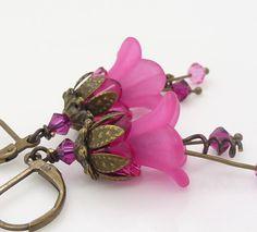 Pink lucite flower earrings Hot pink flower earrings by WickedRuby