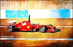 Fernando Alonso con su Ferrari F2012 en el Circuito de Jerez.