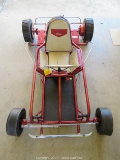 This item, Vintage Neal Go-Kart , is part of the online auction: 2006 Chevrolet Utility Van, Trailer and Go-Karts . Vintage Go Karts, Go Kart Plans, Diy Go Kart, T Bucket, Cool Vans, 3rd Wheel, Childhood Days, Karting, Mini Bike