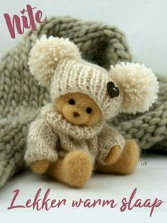 Goeie Nag, Afrikaans Quotes, Inspirational Verses, Good Night Wishes, Qoutes, Teddy Bears, Amanda, Messages, Sayings