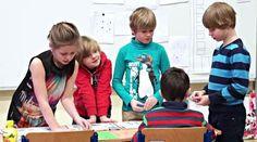 Umíte si představit třídu, která sborem tvrdí, že ve škole ji nejvíce baví matematika? Metoda profesora Hejného je hit posledních let, děti a učitelé jsou z ní nadšení, jen rodiče občas znervózní, že tímhle způsobem se jejich děti počítat nenaučí. Podívejte se, nakolik jsou tyhle obavy na místě.OHODNOŤTE TENTO POŘAD NA ČSFDZDE.Více o spolupráci a komunikaci mezi rodiči a školou se dozvíte také zde:www.rodicevitani.czwww.eduin.czNajdete nás i na ... Projects For Kids, Nasa, Kids Rugs, Couple Photos, Couples, School, Professor, Couple Shots, Kids Service Projects