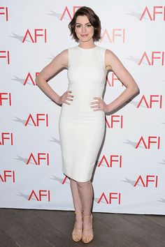 Anne Hathaway arrives at the 15th Annual AFI Awards at Four Seasons Hotel Los Angeles at Beverly Hills on January 9, 2015 in Beverly Hills, California.