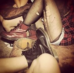 grunge - doc martens and ripped tights. I used to rip and ladder my 15 denier tights on purpose but wear a whole pair underneath to keep warm. Dark Fashion, Grunge Fashion, 90s Fashion, Pastel Outfit, Dr. Martens, Ripped Tights, 1990 Style, 1990s Grunge, Badass