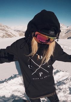 @sannioksanen Wanna see more snowboards stuff? Just tap visit buttons! #snowboard #mountains