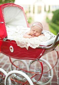 newborn photo. So cute :)