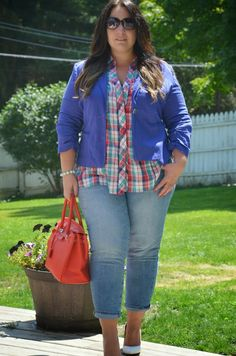 Full Figured & Fashionable: SCB PLAID SHIRT CORAL SHORTS Full Figured & Fashionable Plus size fashion for women Plus Size Fashion Blogger Full Figured & Fashionable sweetcarolineboutique http://fullfiguredandfashionable.blogspot.com/