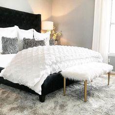 Bedroom cozy white home decor 31 super ideas White Bedroom Decor, Modern Bedroom Decor, White Home Decor, Cozy Bedroom, Baby Room Decor, Trendy Bedroom, Master Bedroom, Bedroom Ideas, Interior Simple