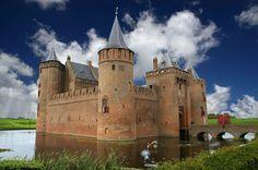 Готик-Рок: Мейдерслот - Muiden Castle, The Netherlands