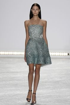 Monique Lhuillier Spring/Summer 2015 via @stylelist