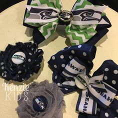 Seattle Seahawks bows and clippies by Kenzie Kids Boutique