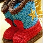 Crochet Baby Booties Crochet Baby Cowboy Boots FREE Pattern - If you are on the hunt for a Crochet Cowboy Outfit Pattern, we have you covered. You'll love the Crochet Cowboy Hat, Crochet Cowboy Boots and more. Crochet Cowboy Boots, Baby Cowboy Boots, Baby Boots, Newborn Cowboy, Cowboy Girl, Crochet Gratis, Free Crochet, Knit Crochet, Free Knitting