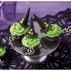Reminiscent of that famous melting witch, these easy-to-make cupcakes will be the hit of your Halloween party.