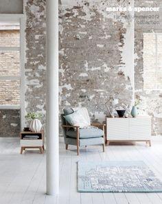 parquet blanc mur briques blanchies