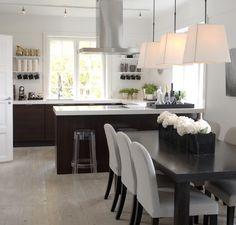 Kitchen - Designed by Norwegian Interior Architect firm Metropolis arkitektur & design - www.no Kitchen Design, Interior, Projects, Furniture, Home Decor, Earth, Log Projects, Cuisine Design, Decoration Home