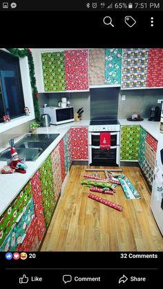 Elf on the Shelf - looks like a lot of work! Elf Ideas Easy, Awesome Elf On The Shelf Ideas, Holiday Ideas, Christmas Ideas, Christmas Elf, All Things Christmas, L Elf, Elf Magic, Elf On The Self