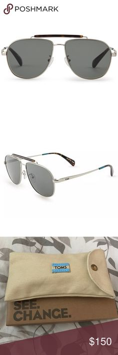 NWT 😎 TOMS Aviator Sunglasses Booker Silver • Brand new with original packaging                  • Comes with Toms Soft Case and Cloth             • Booker Satin Silver Green Grey Mirror metal frame composite lens non-polarized Lens width: 58 Bridge: 14 Arm: 148 Metal frame 3-barrel hinges 100% UVA/UVB protection Frosted silicone nose pads Signature One for One® stripes                         • Vintage aviators look great on just about everyone, and the addition of a tortoise-toned acetate…
