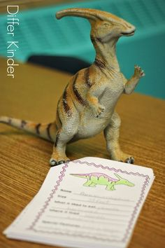 FREE Dinosaur Research Book.  Grab it up for your dinosaur unit.