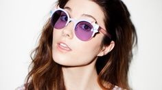 Only awesome Mary Elizabeth Winstead Wallpapers for desktop and mobile devices. Mary Elizabeth Winstead, Scott Pilgrim, Beautiful Celebrities, Gorgeous Women, Bobby, Round Sunglasses, Mirrored Sunglasses, Ramona Flowers, Beautiful Brown Eyes