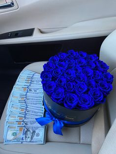 Cute Relationship Goals, Cute Relationships, Cute Gifts, Diy Gifts, Rosen Box, Money On My Mind, Birthday Goals, Girl Birthday, Luxury Flowers