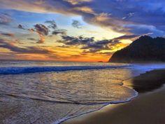 Untuk sampai ke destinasi ini jalannya memang cukup ekstrem. Begini cara menuju Pantai Sukamade Banyuwangi yang jadi favorit para ekspert traveler. Asmr, Tours, Celestial, Sunset, History, Beach, Outdoor, Moonflower, Outdoors