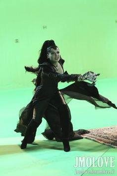 Photo of Lana Parrilla as Evil Queen- BTS Photos for fans of Once Upon A Time 26424111 Emilie De Ravin, Outlaw Queen, Once Upon A Time, Michael Raymond James, Evil Queen Costume, Maine, Meghan Ory, Evil Villains, Time News