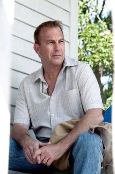JONATHAN KENT - Kevin Costner