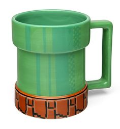 This Super Mario mug serves you coffee out of a Super Mario level-up pipe! Super Mario fans, turn life into a game and get your Super Mario mug today! Nintendo, Deco Gamer, Geek Decor, Mario Bros., Mario Party, Take My Money, Cool Mugs, Level Up, Geek Out